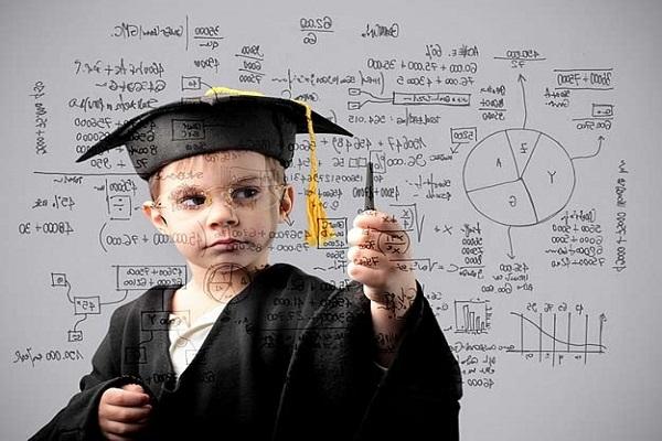 Η εκπαιδευτική μέθοδος «REB» που μετατρέπει τους μέτριους μαθητές σε αριστούχους
