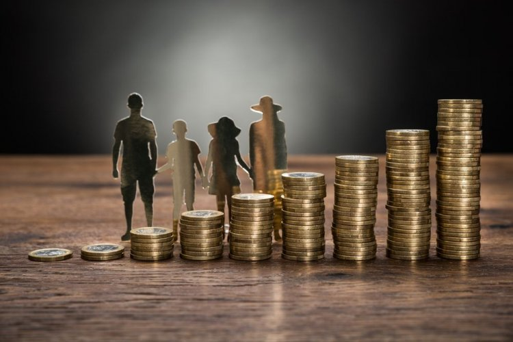 'Εφη Αχτσιόγλου: «Το μέτρο της μείωσης του αφορολόγητου το θεωρούμε και αυτό αχρείαστο δημοσιονομικά»