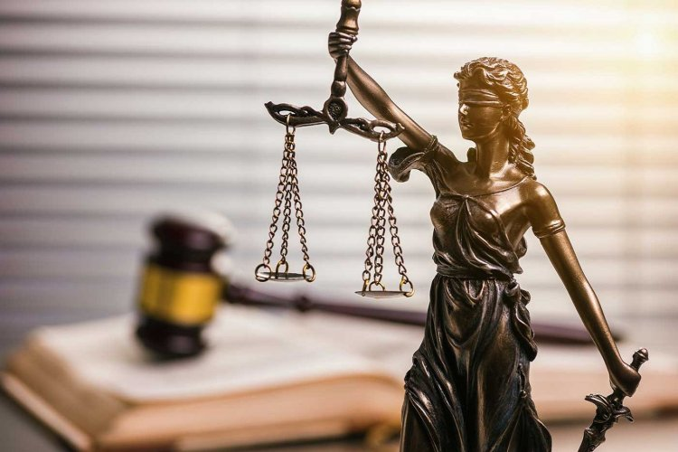 Ριζική αλλαγή στον Ποινικό Κώδικα: Σκληρότερες ποινές για Ηχορρύπανση, επιθέσεις σε Εφοριακούς και Συμβολαιογράφους, Εμπρηστές, Μολότοφ