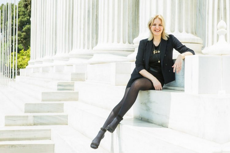 Σοφία Κοκοσαλάκη: Έφυγε στα 47 της χρόνια, η ταλαντούχα σχεδιάστρια των Ολυμπιακών της Αθήνας
