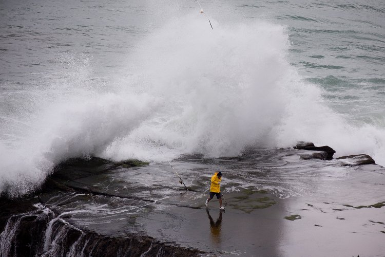 Σάββατο 14/12, απαγορευτικό απόπλου για Κυκλάδες!! Ο «Ετεοκλής» ήρθε με 9 bf, καταιγίδες & χαλαζοπτώσεις!!
