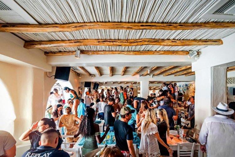 Reopening Tourism & Bars: Άμεσο λουκέτο για συνωστισμό!! Τι προβλέπει η νέα ΚΥΑ [Έγγραφο]