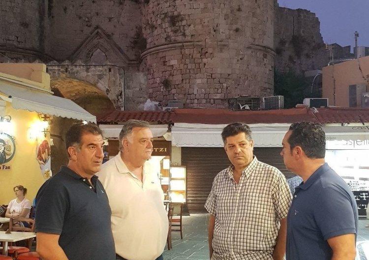 Aegean Islands - Γ. Φλεβάρης: Η Διεύθυνση Ανάπτυξης στην Μεσαιωνική Πόλη της Ρόδου