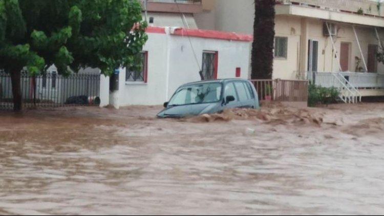 Meteo - Θεομηνία στην Εύβοια: Η «Θάλεια» έριξε 300 χιλιοστά βροχής σε οκτώ ώρες στη Στενή Ευβοίας