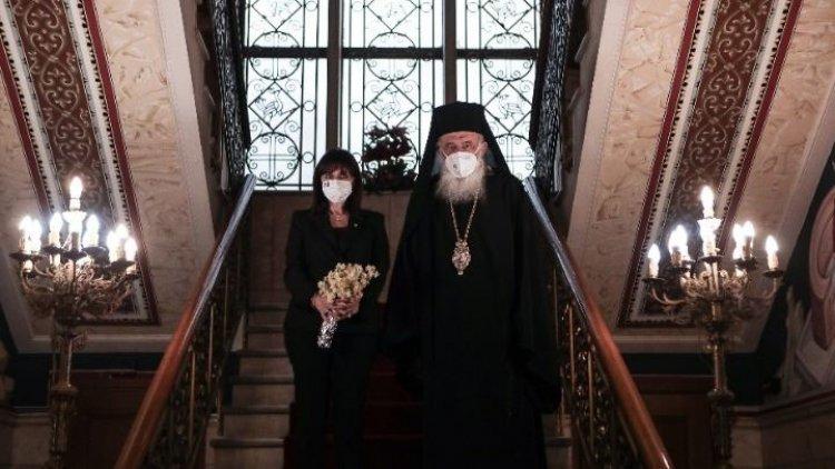 President Sakellaropoulou: Γόνιμη ανταλλαγή απόψεων στη συνάντηση με τον Ιερώνυμο