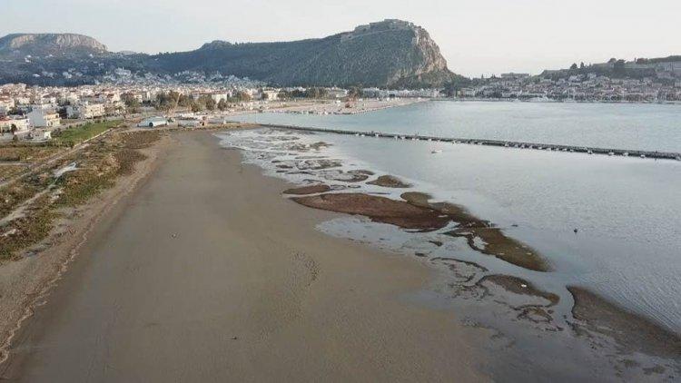 Fall of sea level - Τσελέντης: Δεν έχει να κάνει με πρόδρομα φαινόμενα σεισμού η πτώση της στάθμης της θάλασσας