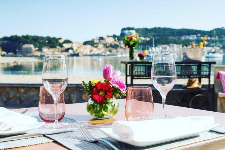 Reopening of Restaurants: Focus στην εστίαση, για άνοιγμα μετά το Πάσχα, σε εξωτερικούς χώρους και υποχρεωτικά self test!! Όλα τα δεδομένα!!
