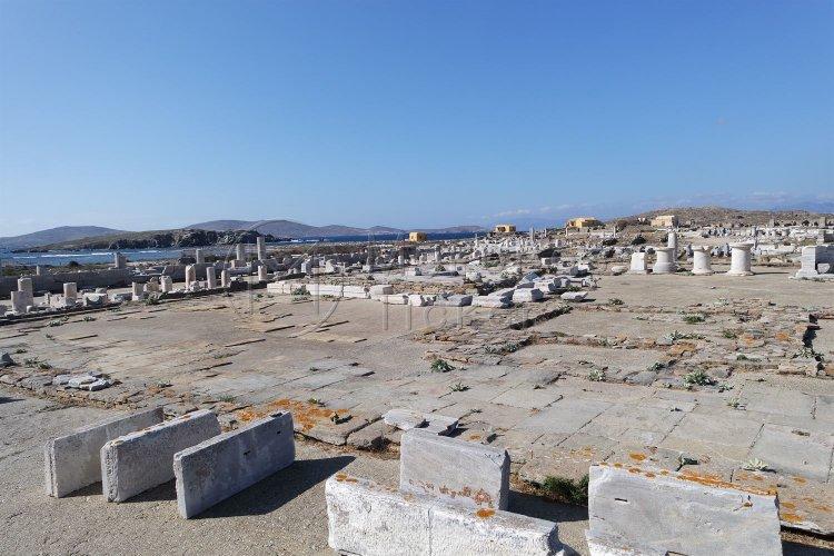 Tourism Season 2021: Η Daily Telegraph προτείνει 15 ελληνικά νησιά για τις φετινές καλοκαιρινές διακοπές