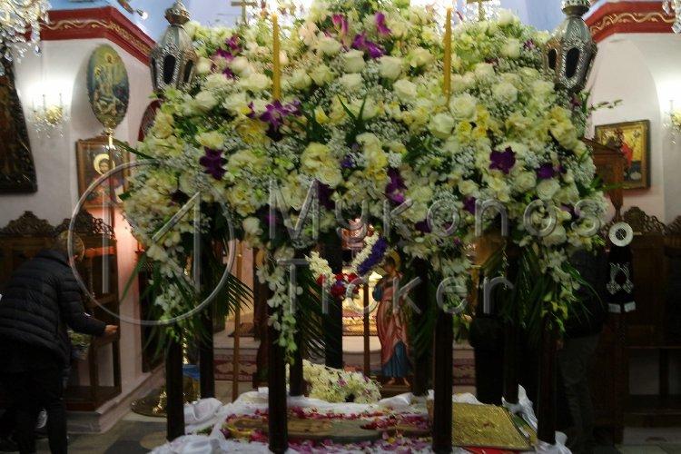 Easter 2021 lockdown rules: Πώς θα γίνει η περιφορά του Επιταφίου στις εκκλησίες το Πάσχα 2021