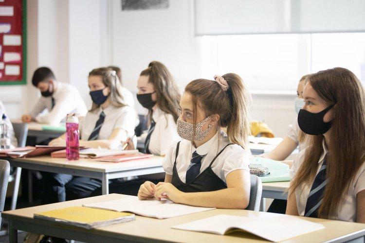 Panhellenic Exams 2021: Στις 14 Ιουνίου οι Πανελλήνιες, με Ελάχιστη Βάση Εισαγωγής από φέτος σε ισχύ!!