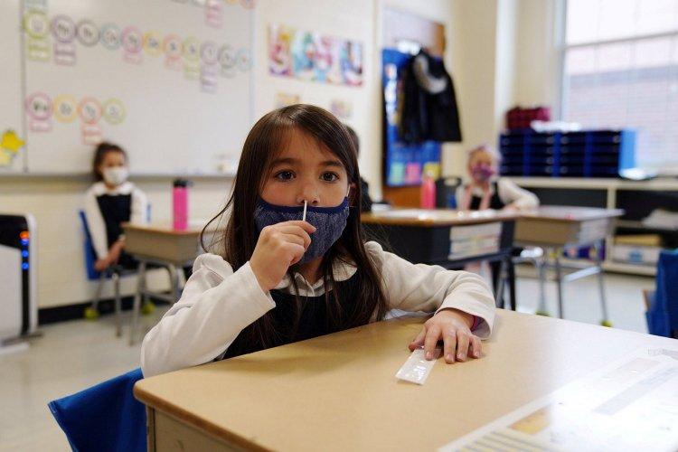Education Policy: Υποχρεωτικά τα self test και σε Νηπιαγωγεία και Παιδικούς Σταθμούς