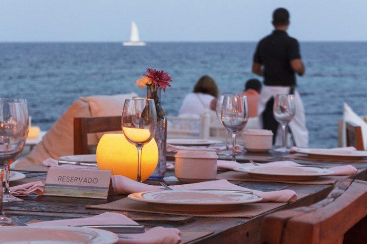 Reopening of Restaurants: Θα υπάρξουν πρωτόκολλα για την λειτουργία της εστίασης