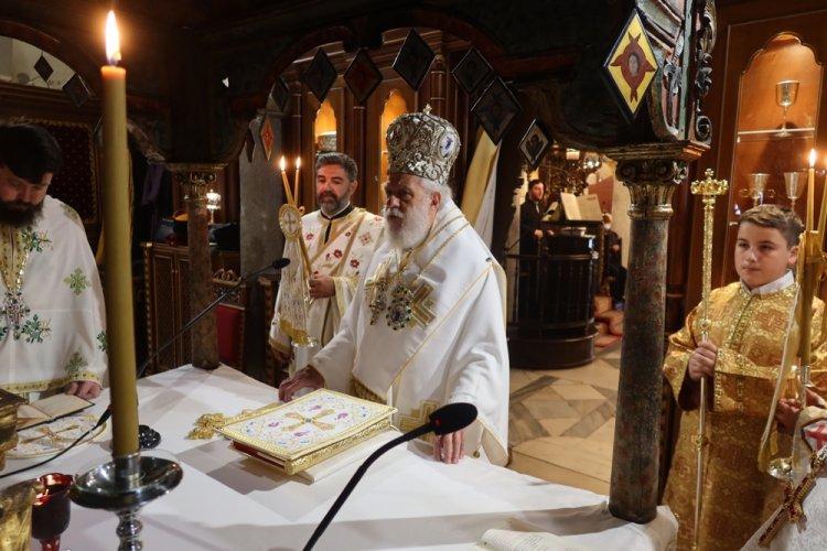 "His Eminence Dorotheos B': Αρχιερατική Θεία Λειτουργία στην Ι.Μ. Παναγίας Τουρλιανής, ""επί της κατά το πολυαιώνιο έθος επανόδου της Ιεράς Εικόνας"""