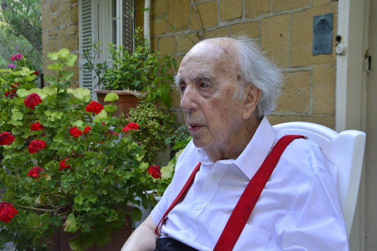 Notable Death: Πέθανε ο ιστορικός Σοσιαλιστής ηγέτης της Κύπρου, Βάσος Λυσσαρίδης