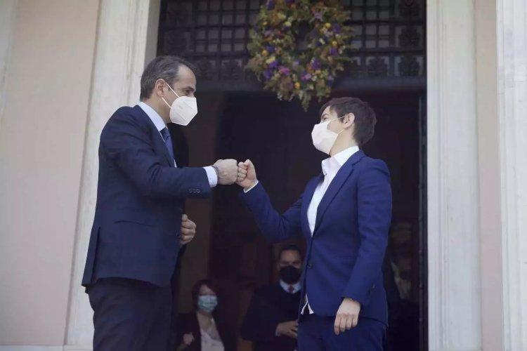 PM Mitsotakis: Συνάντηση Κυρ. Μητσοτάκη με την πρωθυπουργό της Σερβίας: Ασφαλής η διαμονή των τουριστών στην Ελλάδα