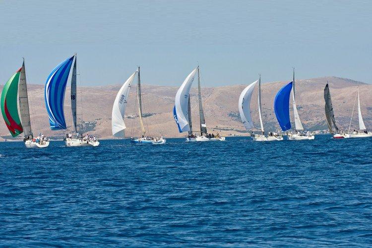 Sailing Race AEGEAN 600: Τα σκάφη θα ανοίξουν πανιά, σε μία διεθνή διοργάνωση, 600 ν.μ. αγώνα στο Αιγαίο, περνώντας ανάμεσα σε Δήλο και Μύκονο!!!