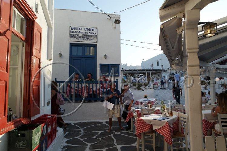 Mykonos Coast Guard: Παρουσιάστηκε αυτοβούλως στο Λιμεναρχείο και συνελήφθη ο πρόεδρος της ΔΕΥΑ Μυκόνου