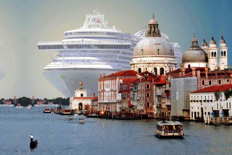 Cruise: Κρουαζιερόπλοια Τέλος, από το ιστορικό κέντρο της Βενετίας!! Προειδοποίηση από την UNESCO!!
