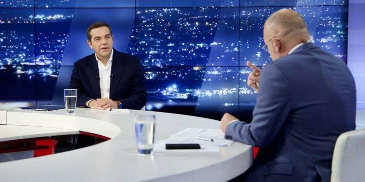 SYRIZA Leader Tsipras: Η κλεψύδρα γυρίζει – δεν αποκλείω πρόωρες εκλογές