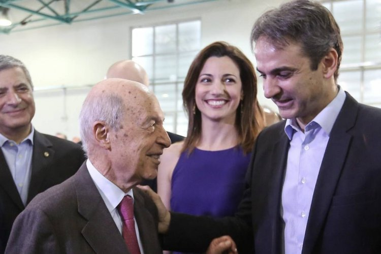 Government Reform: Ο Μητσοτάκης, ο Χρυσοχοΐδης, ο Ανασχηματισμός και τα «ορφανά» του Σημίτη