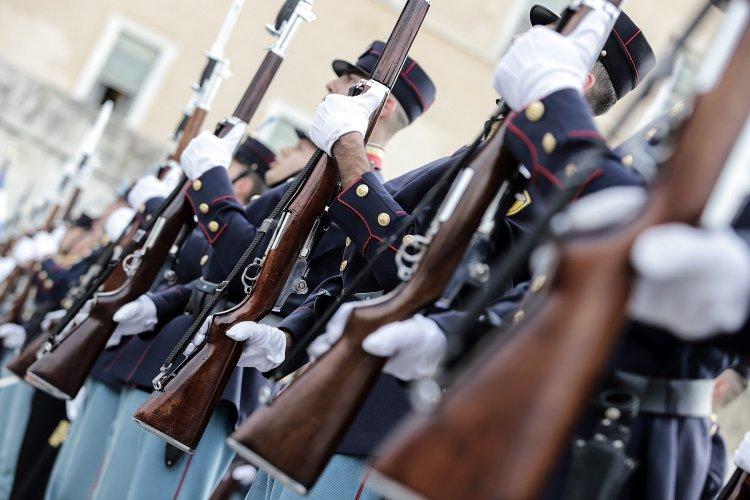 Military Recruitment: Προσλήψεις οπλιτών στις ένοπλες δυνάμεις!! Οι προκηρύξεις!!