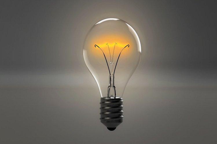 Light bulb: Αλλάζουν όλα στις ετικέτες για την ενεργειακή κατανάλωση των Λαμπτήρων