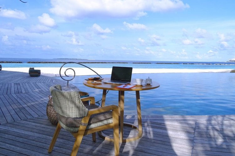 Nomads Workers: H TUI προτείνει το workations στην Ελλάδα!! Διακοπές Εργασίας σε 4αστερα και 5αστερα ξενοδοχεία του ομίλου!!