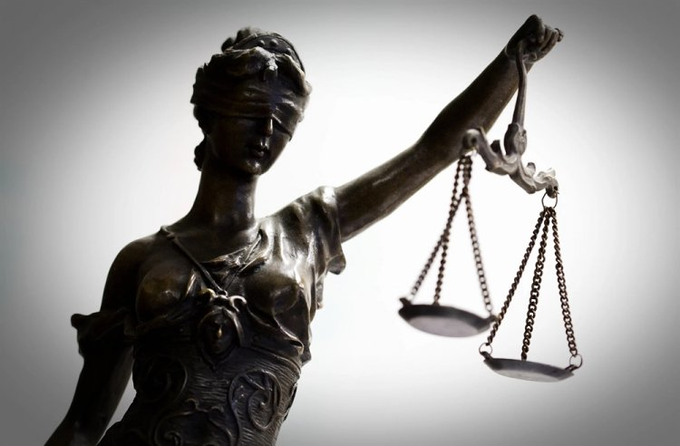Parliament: Υπερψηφίστηκε επί της αρχής στην αρμόδια επιτροπή, το ν/σ για την ταχεία πιλοτική δίκη