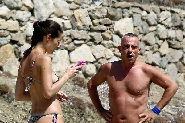 , Στην Μύκονο ο Eros Ramazzotti κάνει τις διακοπές του οικογενειακώς!!