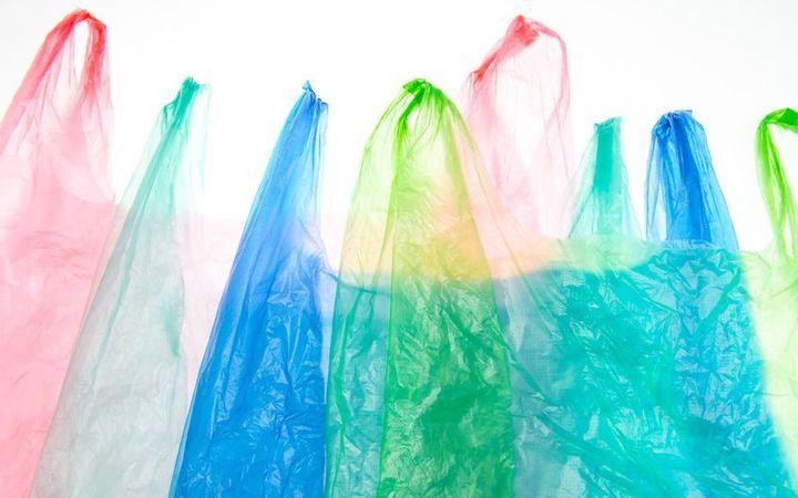 , Στα 0,09 ευρώ από το 2019 το τέλος πλαστικής σακούλας