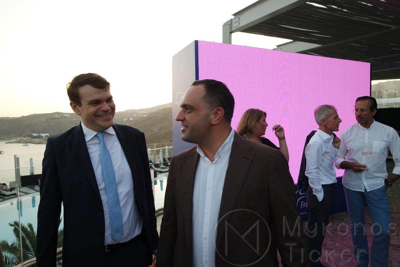, Λευκό Μυκονιάτικο γλυπτό, ο αρχιτεκτονικός σχεδιασμός του νέου αεροδρομίου Μυκόνου από την Fraport Greece. (Pics+vids)