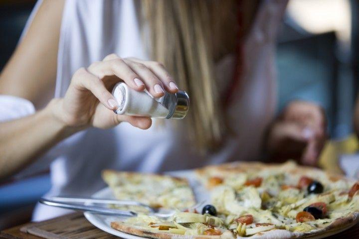 , Αυτές είναι οι 7 τροφές που δεν πρέπει να φάτε πριν την παραλία!! Προκαλούν δυσάρεστη αίσθηση και φούσκωμα!!