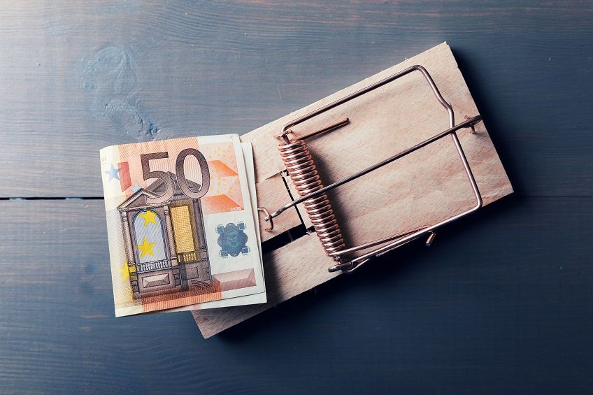 """, """"Τειρεσίας"""": Έλεγχοι για οφειλέτες σε Εφορία, Ασφαλιστικά Ταμεία και Δήμους, σε συνδυασμό με Τράπεζες και Ιδιωτικές Επιχειρήσεις"""