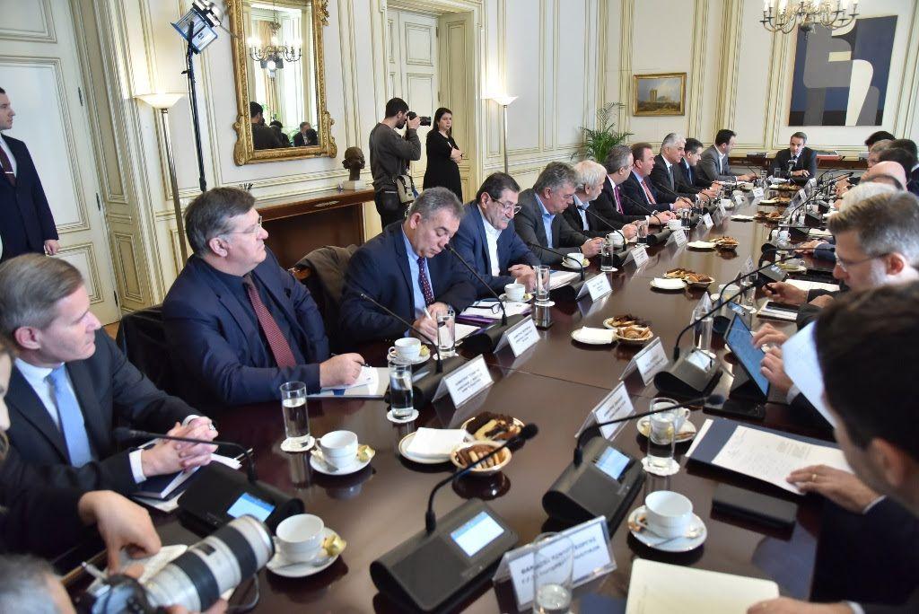 , Ο Πρωθυπουργός εξετάζει θετικά το αίτημα για ΕΣΠΑ και στους Δήμους – Τι συζητήθηκε στη συνάντηση Μητσοτάκη – ΚΕΔΕ